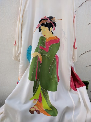 Kimono Tres Geishas (espalda)