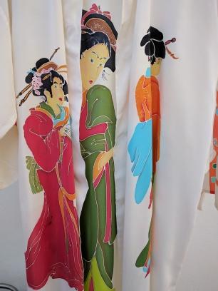 Kimono Tres Geishas (interior)